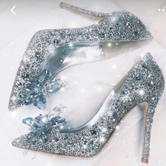 Hand-made ladies' crystal Rhinestone Women's wedding shoes for bride Party Elegant glass slipper Shoes Wedding High Heels, Prom Heels, Silver Rhinestone Heels, Crystal Rhinestone, Crystal Shoes, Clear Crystal, Glass Heels, Bling Shoes, Bling Bling