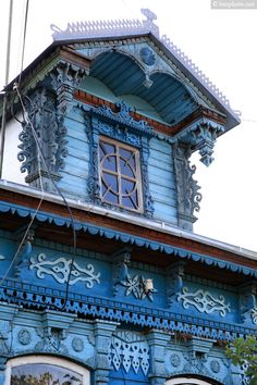traditional decorative carved wood window frames + trim, russia | architectural details