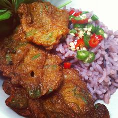 Thai food: spicy fish cakes on steamed rice