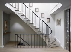 This beautiful Prospect Heights Townhouse was renovated by the design team from Etelamaki Architecture. Townhouse Interior, Townhouse Designs, Interior Stairs, Interior Architecture, London Townhouse, Railing Design, Staircase Design, Stair Design, Staircase Railings