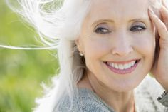 Here, we compile my best eye makeup tips for older women. Find out how to apply makeup, what to avoid and the secret to longer-lasting color.