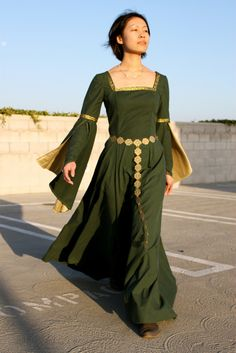 Cation Designs: Shieldmaiden-ing It Up Butterick 4571