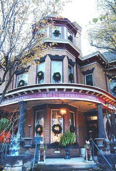 Tour in Munhall celebrates Victorian holiday - Pittsburgh Post-Gazette