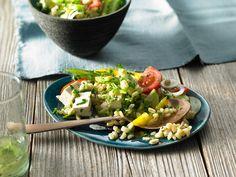Knackiger Ebly - Salat, ein sehr leckeres Rezept mit Bild aus der Kategorie Eier & Käse. 99 Bewertungen: Ø 4,4. Tags: Eier oder Käse, gekocht, Gemüse, Party, Salat, Vegetarisch