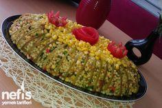 Sebzeli Kuskus Salatası Tarifi nasıl yapılır? 4.401 kişinin defterindeki bu tarifin resimli anlatımı ve deneyenlerin fotoğrafları burada. Yazar: Merve Yahya Erva Erdem