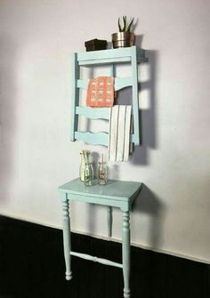 DIY Chair Turned Shelf Step by step Photo and Videotutorial - Schritt für Schritt Bild und Videoanleitung<br> Have on old chair you don't want anymore? Before tossing it out you might want to consider repurposing it into a shelf! Old Chairs, Antique Chairs, Dining Chairs, Lounge Chairs, Tire Chairs, Wooden Chairs, Kitchen Chairs, Beach Chairs, Repurposed Furniture