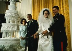 Lynda Bird Johnson married Captain Charles S. Robb on December Lynda's father President Lyndon B. Johnson escorted his daughter to the altar. The wedding took place in the East Room of the White House. Prior to Lynda's relationship. Low Key Wedding, Wedding Pics, Wedding Bride, Wedding Styles, Wedding Cakes, Wedding Gowns, Wedding Attire, Wedding Reception, Celebrity Wedding Photos