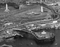 Plymouth Hoe, Smeaton's Tower and Plymouth Pier (Pre-war view) Pre-war view of Plymouth Hoe, including Smeaton's Tower lighthouse, and the pier, which was sadly destroyed in the Blitz. Devon Uk, South Devon, Devon And Cornwall, Cornwall England, England Uk, Plymouth Hoe, Plymouth England, Surfing Uk, Dartmoor