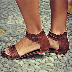 Retro Flat Gladiator Sandals