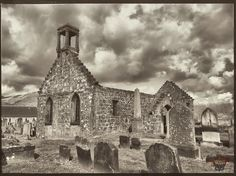#Tullibody #stserfschuch #oldchurch #tph_37 #tph_37_sceris #banw Photos from my travels