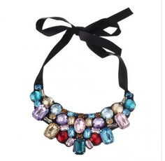 A statement necklace for a bold occasion #Macquariecentre #Diva
