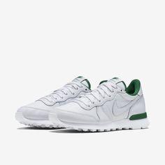 on sale f490c 55015 Nike Internationalist LE Womens Shoe. Nike Store