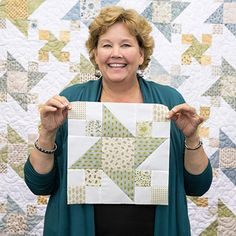 Watch this tutorial as Jenny shows you how to make this gorgeous Garden Star Quilt! Star Quilt Blocks, Star Quilt Patterns, Star Quilts, Amish Quilts, Pattern Blocks, Missouri Star Quilt Tutorials, Quilting Tutorials, Quilting Designs, Msqc Tutorials