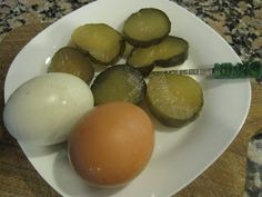 Luvey's Eight Day Sweet Pickle Chips - Cathy Barrow Pickling Cucumbers, Sweet Pickles, The Eighth Day, Crisp, Food To Make, Vegetables, Breakfast, Recipes, Morning Coffee