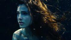 La nueva película de La Sirenita no es lo que piensas: la chica es morena y vive en un circo