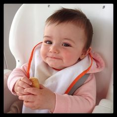 Nuestra pequeña estimada de hace mayor. Ya come @galletas_quely #mallorcatestim #querico by mallorcatestim