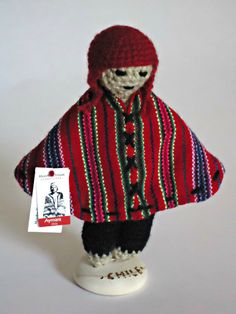 The Aymara men weave. Ethnic of Chile Alpacas, Textiles, Lana, Chile, Winter Hats, Boxes, Beanie, Craft Ideas, Crafts