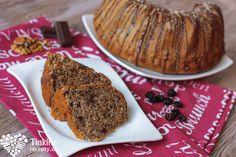 Orechovo-tvarohová bábovka s čoko kúskami Healthy Cookies, Pound Cake, Banana Bread, Breakfast, Sweet, Fit, Desserts, Cooking, Morning Coffee