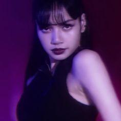 South Korean Girls, Korean Girl Groups, Yg Entertaiment, Blackpink Lisa, Kpop Aesthetic, Comebacks, Rapper, Lily, Singer