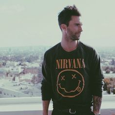 Adam Levine in his Nirvana shirt Adam Levine, Maroon 5, Behati Prinsloo, The Voice, Nirvana Shirt, Grunge, Indie, Polished Man, Scott Eastwood