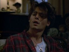 Imagen de johnny depp, Hot, and boy Young Johnny Depp, Johnny And Winona, Johnny Depp Movies, Johnny Depp 1990, Beautiful Boys, Pretty Boys, Cute Boys, Jonh Deep, Junger Johnny Depp