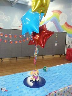 Paw patrol balloon centerpiece