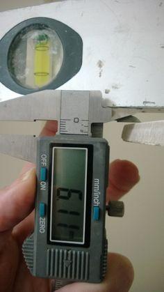 Om fogsprång konvexa klinker, mätning med skjutmått Kakeltwitter® Fitbit