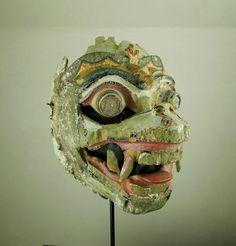 Maschera Hanuman http://shop.etniegalleria.it/epages/8530.sf/en_GB/?ObjectPath=/Shops/8530/Products/M002