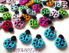 #crochet ladybugs! Would look great as little hair clips - or earrings, brooches...