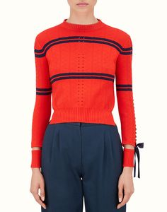 PULLOVER - cropped sweater in red viscous