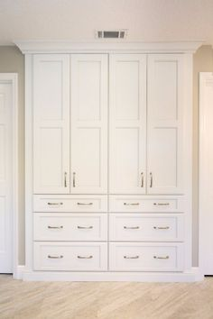Bathroom built-in linen closet with drawers! Bathroom storage has never looked so good! : Bathroom built-in linen closet with drawers! Bathroom storage has never looked so good! Hallway Storage, Closet Storage, Built In Storage, Bedroom Storage, Linen Storage, Cupboard Storage, Bath Storage, Storage Drawers, Storage Rental