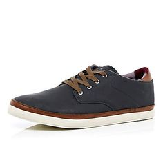 Navy nubuck trainers