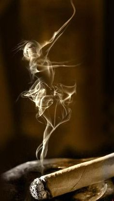 Smoke Art Girl ballerina