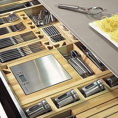Avec un tiroir intelligent, tout est à sa place. Sintesi. Comprex.