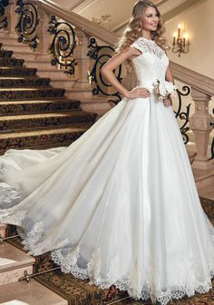 New Arrivals Scoop Lace Up Sleeveless Chapel Train Sashes Crystal Lace A-Line Wedding Dresses 2015