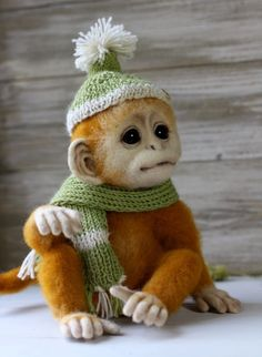 Very realistic needle felted monkey.  So adorable. needlefeltedtreasures.com Wool Needle Felting, Stained Glass, Homemade Skin Care, Russia, Teddy Bear, Live, Cute Animals, Lifestyle, Nature