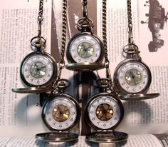 Neo Victorian Wedding Set of 5 Matching Pocketwatches Groomsmen Gift Idea Pocket Watch