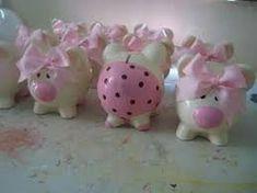 Resultado de imagen de cerditos de ceramica Pig Bank, Personalized Piggy Bank, Cute Piggies, This Little Piggy, Ideas Para Fiestas, Pottery Painting, My Favorite Color, Cool Toys, Decoupage