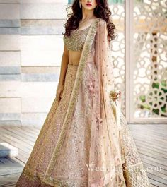 Indian wedding dresses are very beautiful. Usual indian bridal dresses made of chiffon or silk and adorned with elaborate embroidery, red or gold color. Indian Bridal Lehenga, Indian Bridal Wear, Indian Wedding Outfits, Bridal Outfits, Bridal Dresses, Shaadi Lehenga, Bridal Anarkali Suits, Designer Bridal Lehenga, Indian Weddings