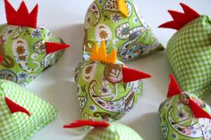 Hühner aus Schal / Hens made from old scarf / Upcycling