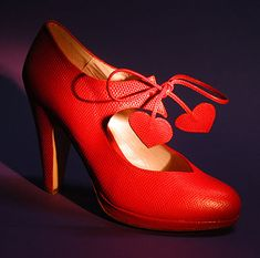 High Heel Shoe Museum of exotic and erotic sexy women's high heel shoes from around the world including top designers like Hugo Boss, Calvin Klein, Pollini, Martini Osvaldo, Audley of London, Peter Fox, Gianna Meliani, and Italian Heels