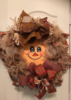 Scarecrow Wreath is with Deco Mesh, Ribbons with a Scarecrow Face attached with Hat. Scarecrow Crafts, Halloween Scarecrow, Scarecrow Wreath, Scarecrow Face, Fall Halloween, Scarecrows, Fall Mesh Wreaths, Fall Deco Mesh, Wreath Crafts