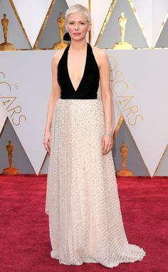 Michelle Williams in Louis Vuitton gown at the Oscars.