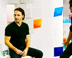 Andrew Lincoln and Norman Reedus bromance!! Love the way Norman walks up to Andy