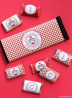 Sock Monkey theme - printable Hershey bar labels from Chickabug