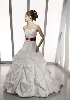 High End White Strapless Sweetheart Appliques Ruched A-line Bridal Gown (CWD-062) [CWD-062] - $157.99 :