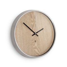 Nástěnné hodiny Umbra Madera - přírodní