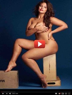 Ashley Graham Nude & Sexy Photos) via New sexy and nude covered photos of Ashley Graham for Grazia UK (September Cute fatty! Ashley Graham is an American model. Pin Up, Curvy Models, Role Models, Img Models, Heidi Klum, Ashley Graham Fotos, Laura Wells, Plus Zise, Modelos Plus Size