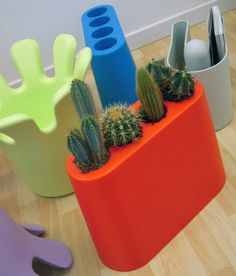AKI minimalist umbrella stand, designed by Rodolfo Bonetto in Made from rotomoulded polyethylene! B Line, Planter Boxes, Decals, Minimalist, Plastic, Colours, Interior, Collection, Design