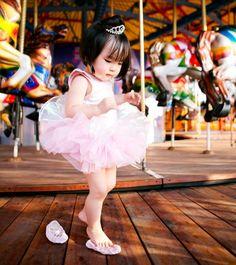baby girl ballerina and #carousel